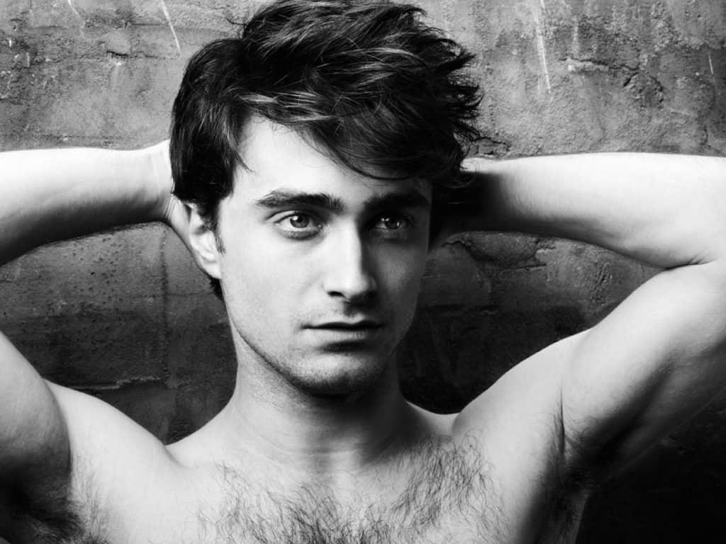 20 Hottest Male Celebrities Under Thirty
