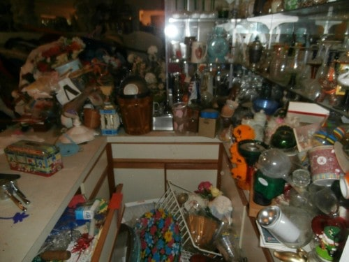10 Signs You May Be A Hoarder