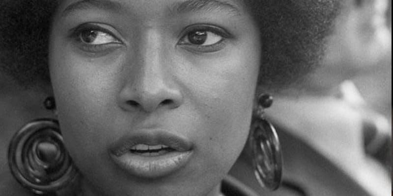 nineteen fifty five by alice walker Nineteen fifty five alice walker essay conveyed the strong words of the officer and presented the choice as one of leaving the town and risking getting involved in the operation or of staying put and remaining safe, there was.