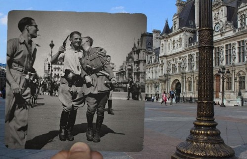 18 Awesome Pictures That Seamlessly Blend Paris' Past And Present