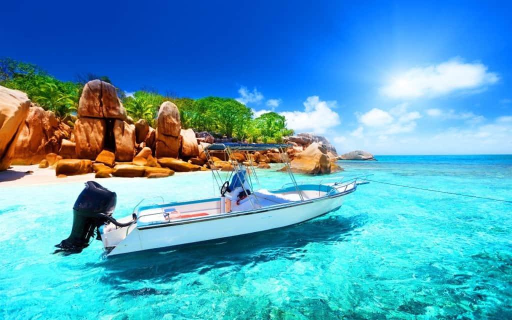 20 Amazing Beach Destinations You Must