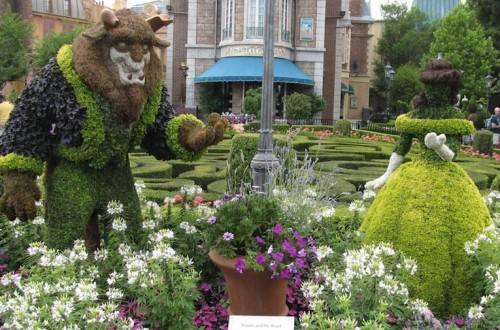 20 Intricate And Beautiful Topiary Sculptures
