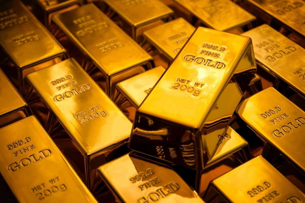20 strange and interesting facts about gold since gold is a precious and valuable metal it is usually only found and kept in small quantities the largest piece of gold in the world is a gold brick urtaz Image collections