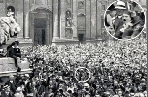 19 Historical Photos From A Different Angle