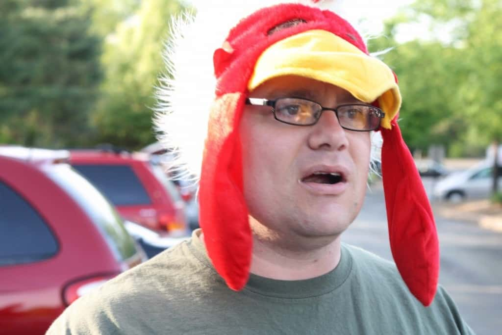 Not sure if he s rooting for some sports team or just trying to show his  true colors. 816b22ac7657