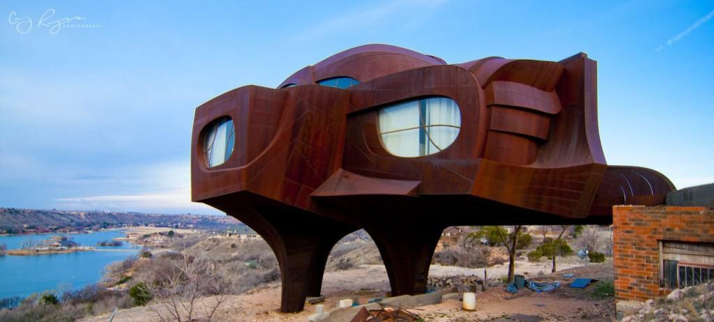 19 Strange And Unusual Homes Around The World