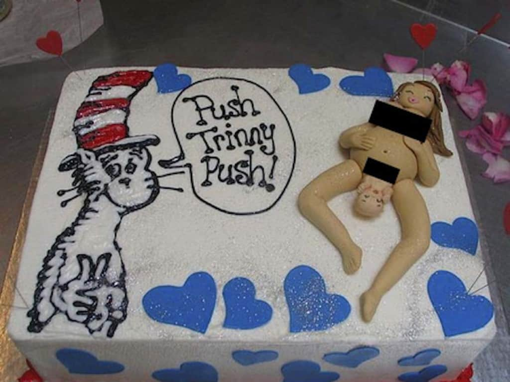 20 Baby Shower Cakes That Will Haunt Your Dreams