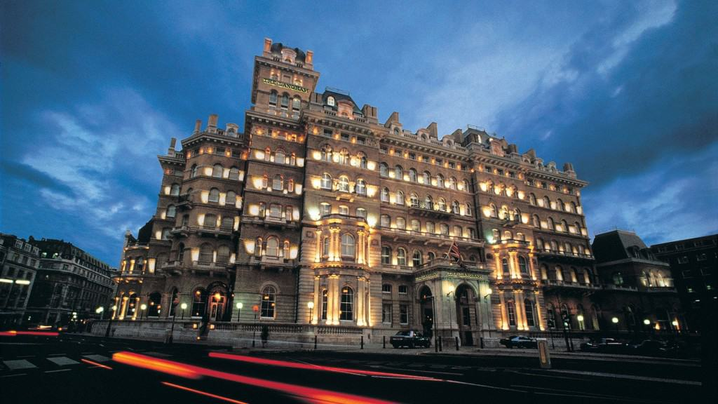10 Of The Most Haunted Hotels In The World