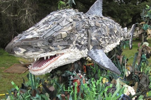 10 Thought Provoking Sculptures Made From Beach Waste
