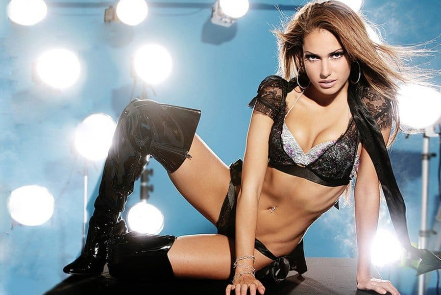 Can Sexy hot women wrestlers of the wwe here not