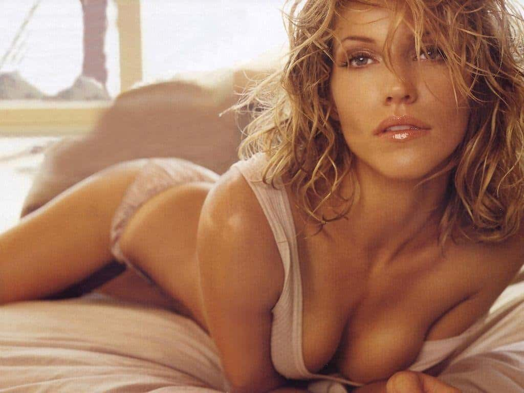 Hot female celebrities nude