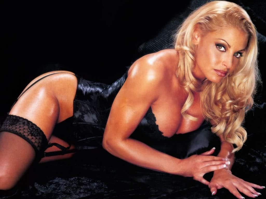 10 Of The Hottest Wrestling Divas Of All Time-1117