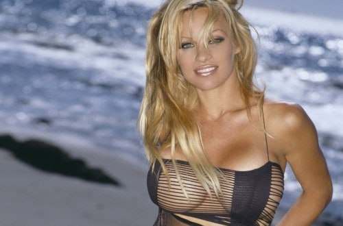 10 Surprising Celebrities That Went Broke