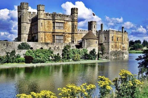 10 Castles Seemingly Out Of Fairy Tales