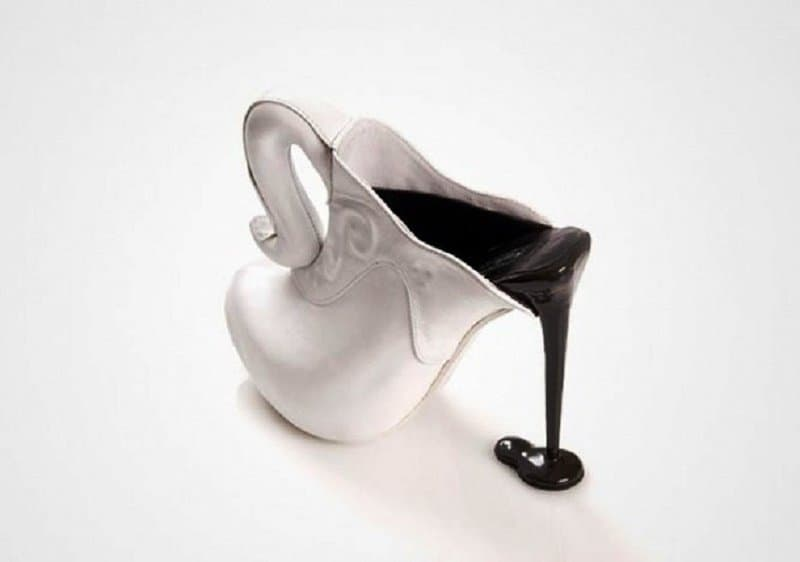 d22e57f1879 10 Of The Strangest High Heel Designs