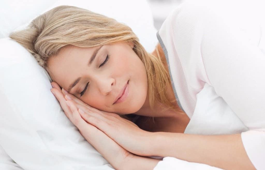 Ilustrasi wanita tidur