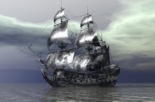 10 Ghost Ships That Still Haunt The Oceans