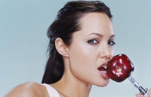 10 Healthy Benefits From Eating Apples