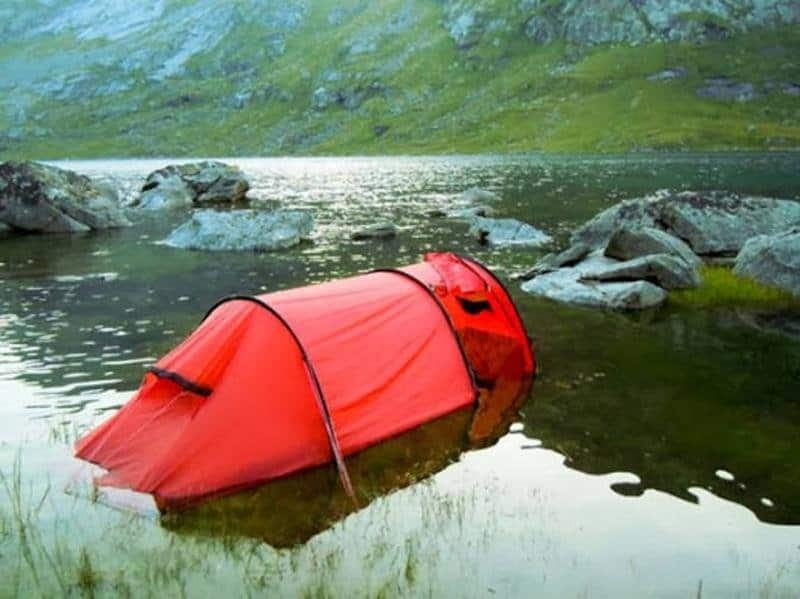 10 Hilarious Pictures Of Camping Fails