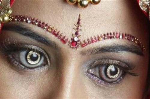 10 Insanely Weird Contact Lenses