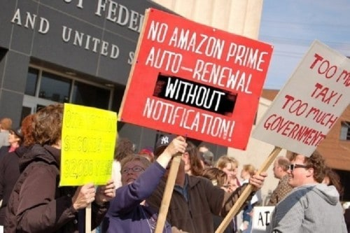 10 Hilarious Protest Signs That Aren't Really Protesting Anything