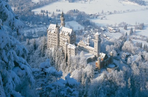 10 Astounding Fairytale-Like European Castles And Chateaus