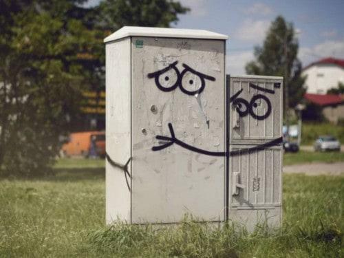10 Genius Cases Of Vandalism