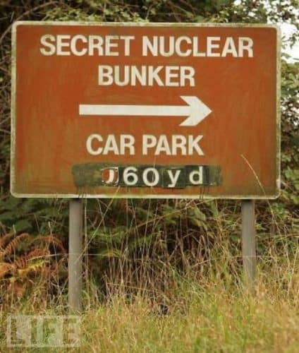 10 Hilarious And Ironic Signs