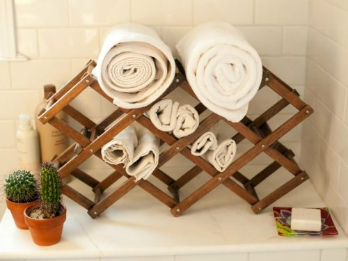 10 Awesome Bathroom Hacks That'll Make Your Life Easier