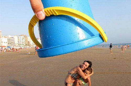 10 Brilliant Photographs Using Forced Perspective
