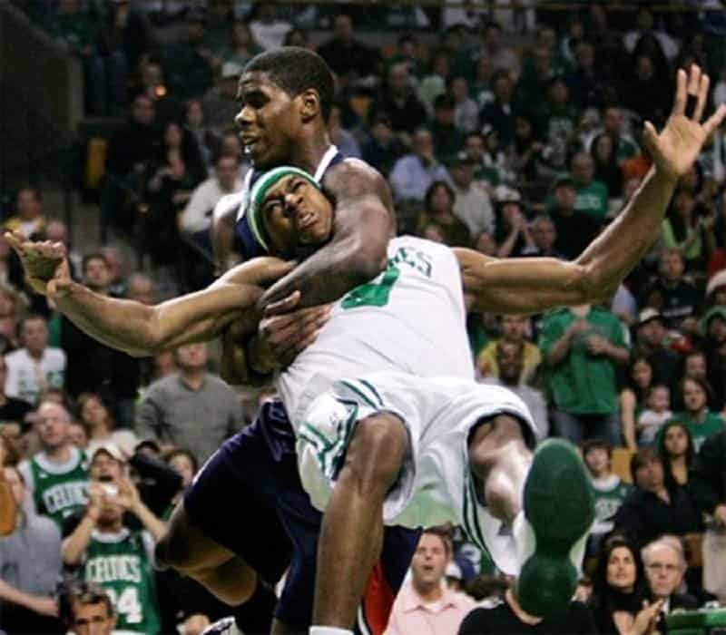 10 Shocking Examples Of Bad Sportsmanship